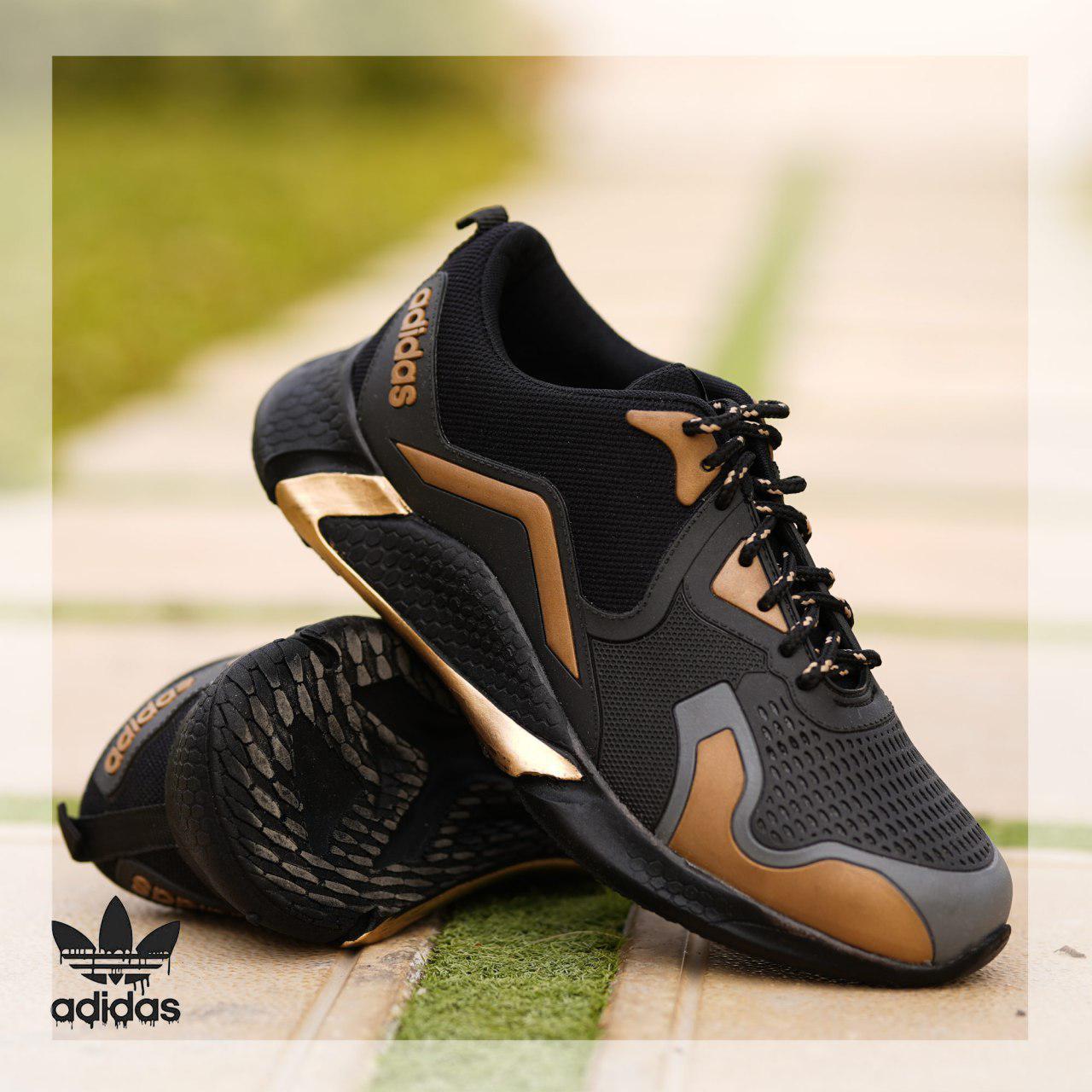 کفش adidad مدل Zinax(مشکی طلایی)